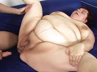bbw big bitch blowjob